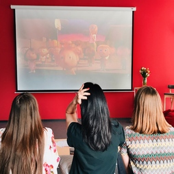 Movie Club in English HUB