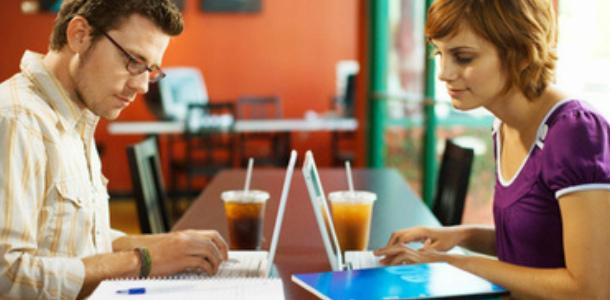 Какие платформы можно использовать для поиска студентов?